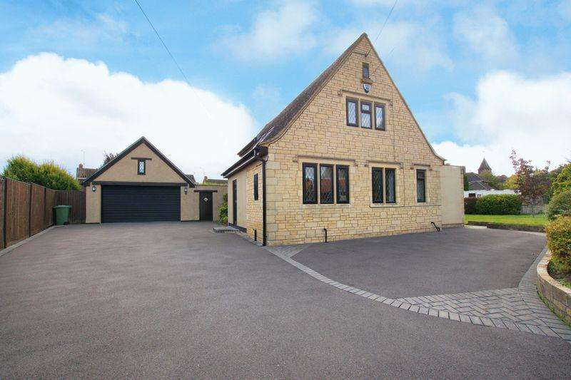 4 Bedrooms Detached House for sale in Wotton Road, Charfield, GL12 8TG