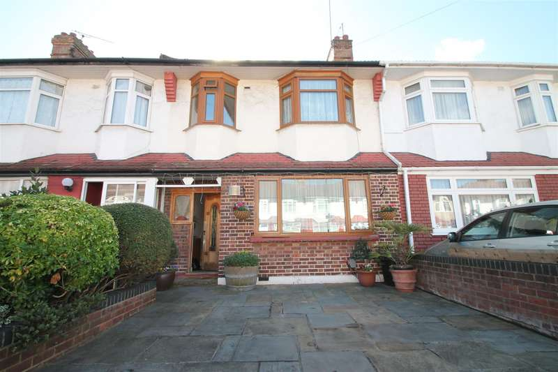 3 Bedrooms Terraced House for sale in Mitchell Road, Palmers Green, London N13