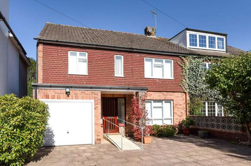 4 Bedrooms Semi Detached House for sale in Links Lane, Rowlands Castle, PO9