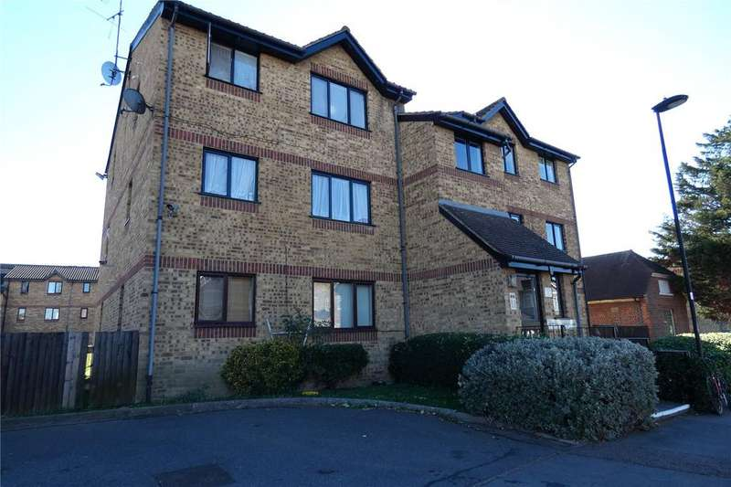 Studio Flat for sale in Hilary Court, 1C Charlton Road, London, N9