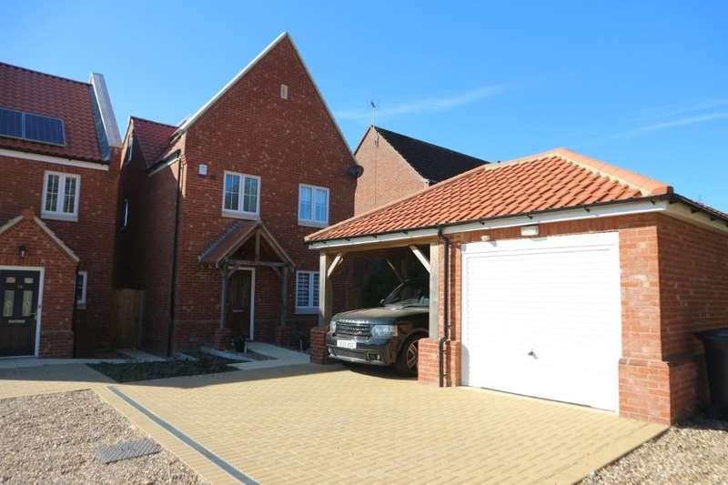 4 Bedrooms Detached House for sale in 8 Bayfield Way, Swaffham, Norfolk