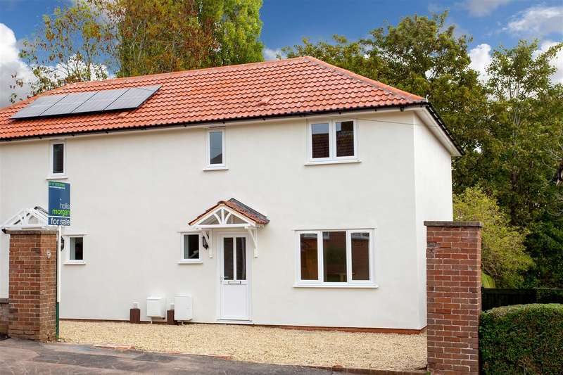 3 Bedrooms House for sale in Hallen Drive, Coombe Dingle