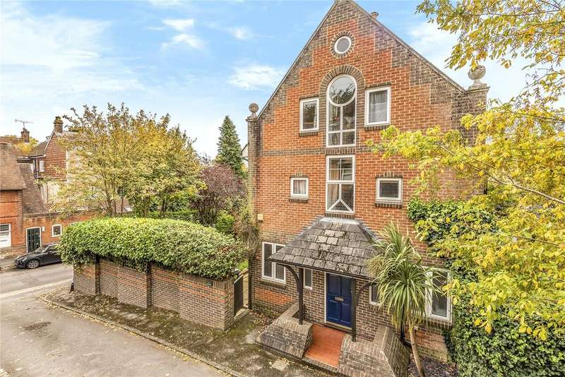 4 Bedrooms End Of Terrace House for sale in Edgar Road, Winchester, Hampshire, SO23