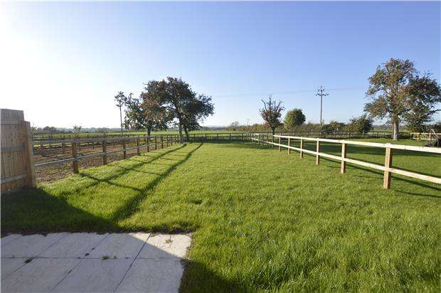 4 Bedrooms Detached House for sale in 2 The Folley, Bredons Hardwick, TEWKESBURY, Gloucestershire, GL20 7EE