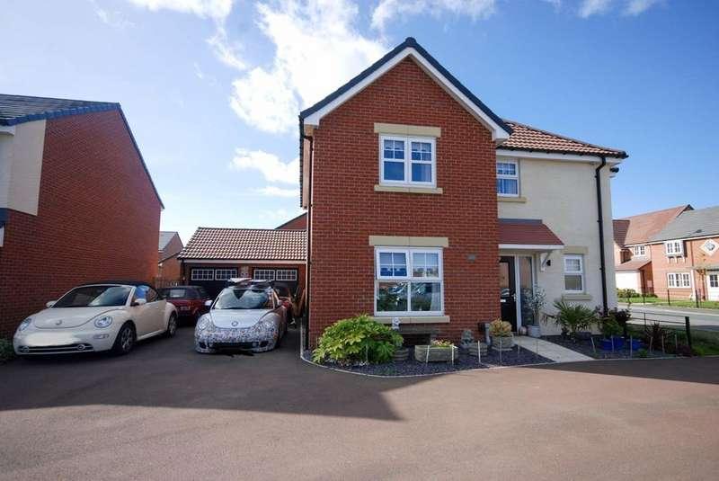 4 Bedrooms Detached House for sale in Monkton Lane, Hebburn