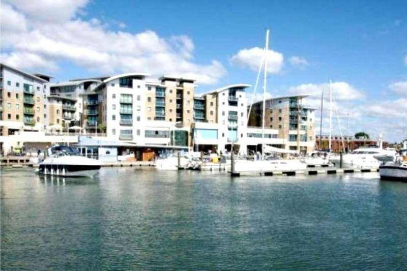 3 Bedrooms Flat for sale in Dolphin Quays , Poole, Dorset