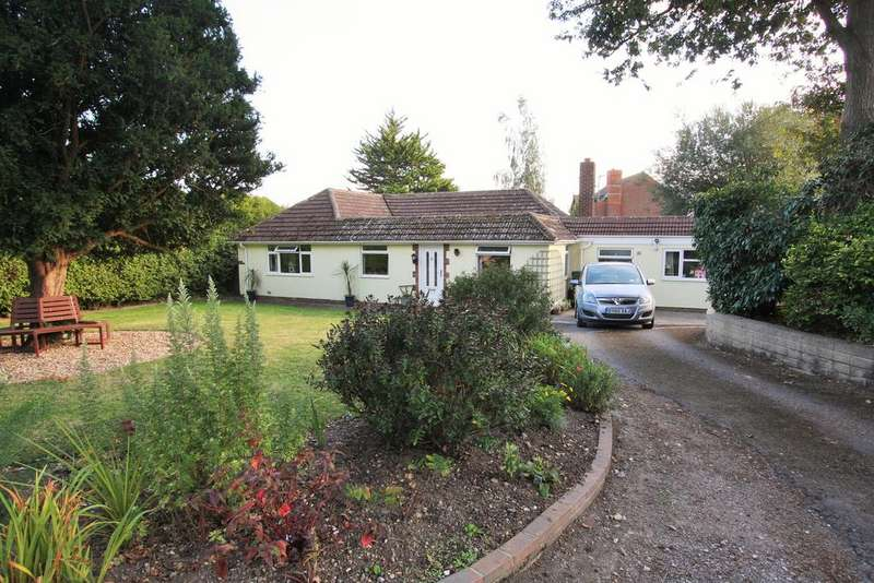 5 Bedrooms Detached Bungalow for sale in Hankham Place, Dittons Road, Stone Cross, Pevensey BN24