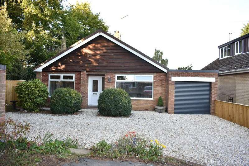 3 Bedrooms Detached Bungalow for sale in Saxon Close, Barton On Humber, North Lincolnshire, DN18