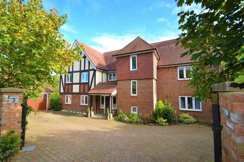 6 Bedrooms Detached House for sale in Longridge, The Warren