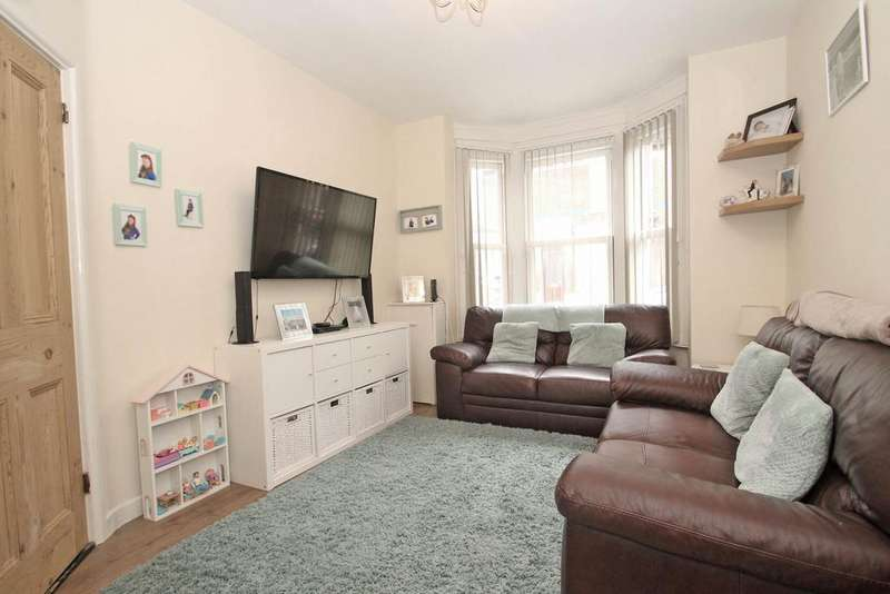 3 Bedrooms Terraced House for sale in Bevis Road, Portsmouth PO2