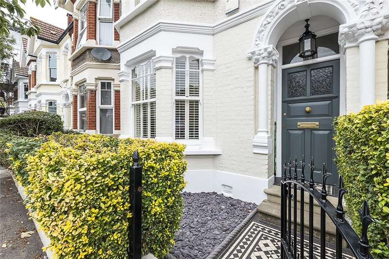 4 Bedrooms House for sale in Pulborough Road, London, SW18