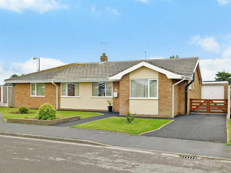 4 Bedrooms Detached Bungalow for sale in Elizabeth Crescent, Ingoldmells, Skegness, PE25 1NQ