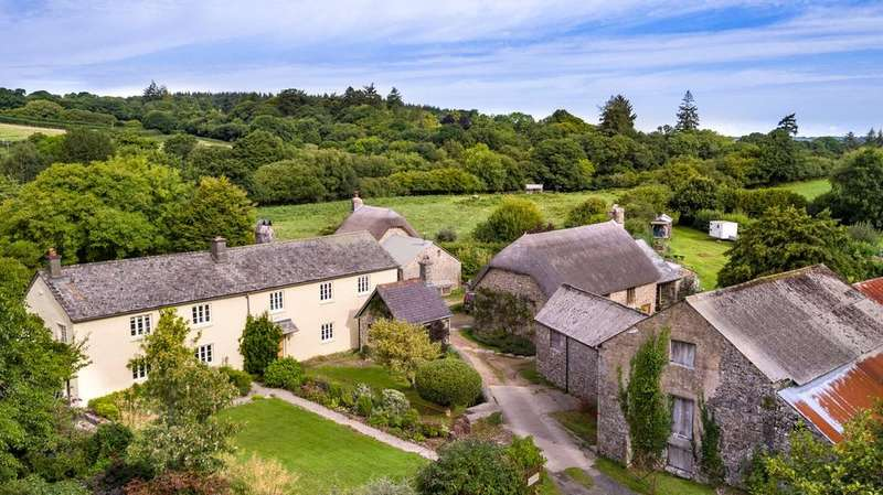 4 Bedrooms Farm Commercial for sale in Chagford, Devon, TQ13