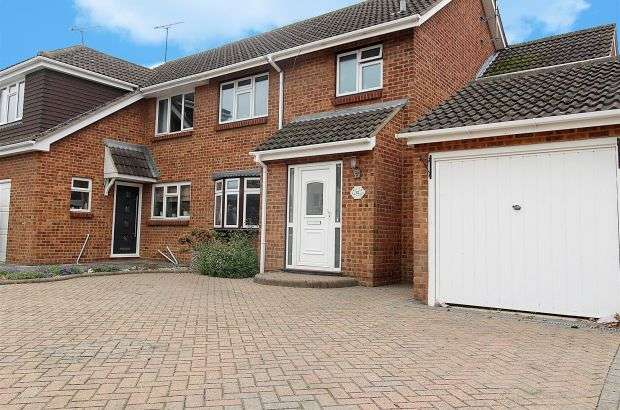 3 Bedrooms Semi Detached House for sale in Bartley Road, Benfleet