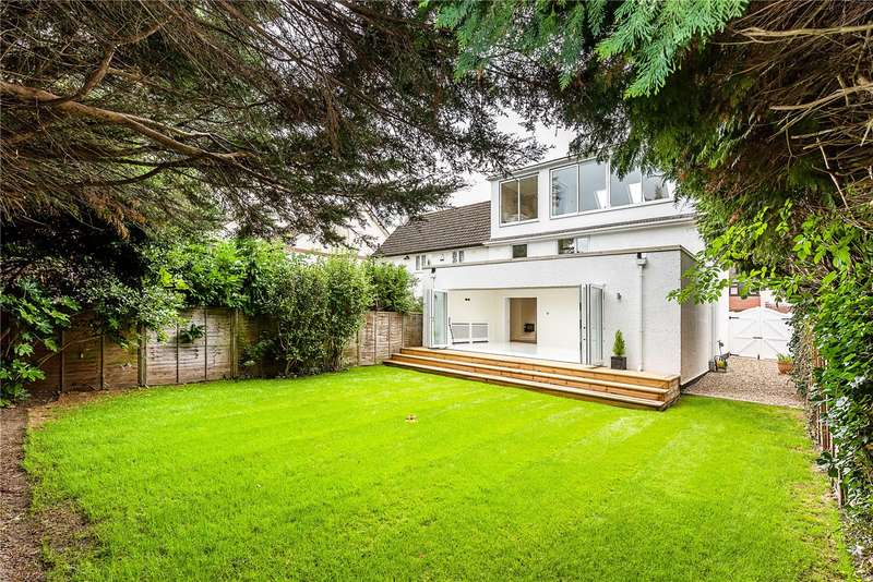 4 Bedrooms Semi Detached House for sale in Rural Way, London, SW16