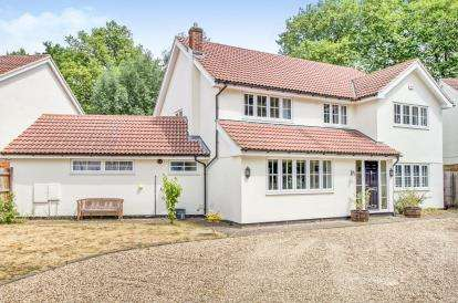5 Bedrooms Detached House for sale in Hatfield Peverel, Chelmsford, Essex