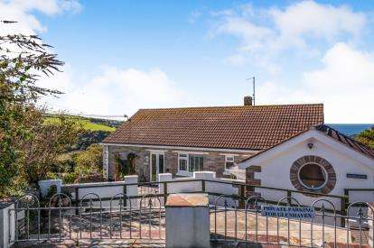 3 Bedrooms Bungalow for sale in Tintagel, Cornwall, England