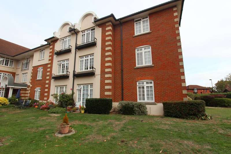 2 Bedrooms Retirement Property for sale in Everard Court, 9 Crothall Close, Palmers Green N13