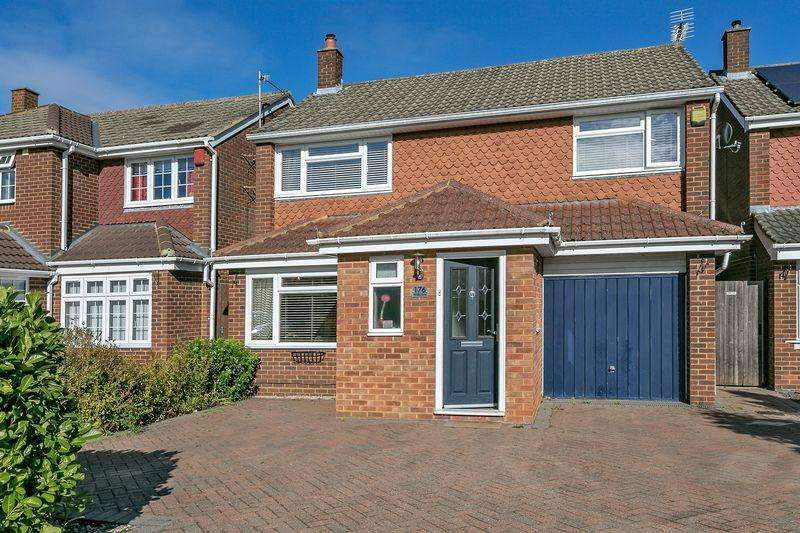 4 Bedrooms Detached House for sale in Whalley Drive, Milton Keynes