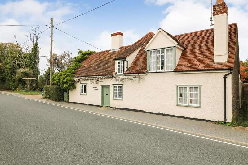 4 Bedrooms Detached House for sale in Mill End, Bradwell-On-Sea,