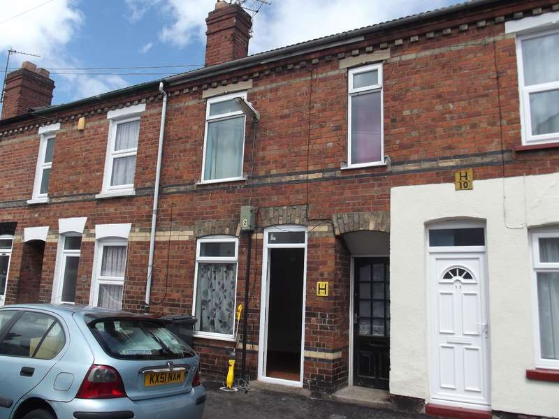 3 Bedrooms Terraced House for sale in Thesiger Street, Lincoln, Lincolnshire, LN5 7UL
