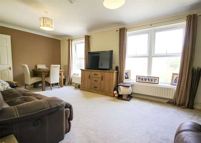 2 Bedrooms Apartment Flat for sale in Warren Down, Bracknell, Berkshire, RG42