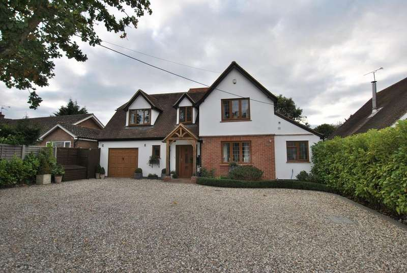4 Bedrooms Detached House for sale in Basingstoke Road, Three Mile Cross, Reading, RG7 1AS