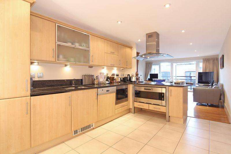 2 Bedrooms Apartment Flat for sale in Exceptional Two Bedroom Apartment with River Views