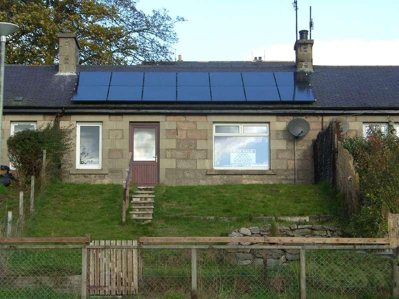 2 Bedrooms Terraced House for sale in Garraline Terrace, Kingussie, PH21 1JL