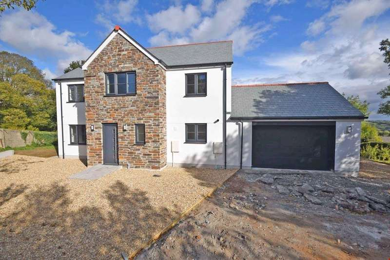 4 Bedrooms Detached House for sale in Western side of St Austell, Cornwall