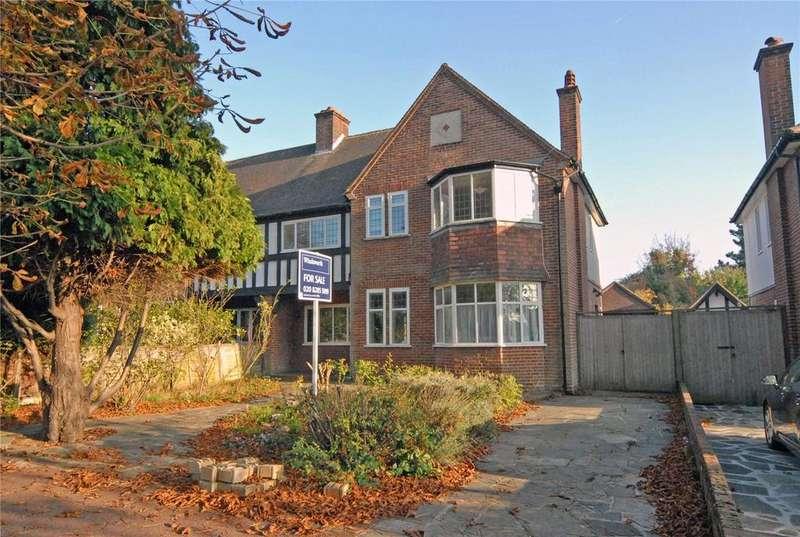 5 Bedrooms Semi Detached House for sale in West Park, London, SE9