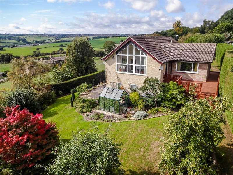 4 Bedrooms Detached House for sale in Lower Bankhouse, Pudsey