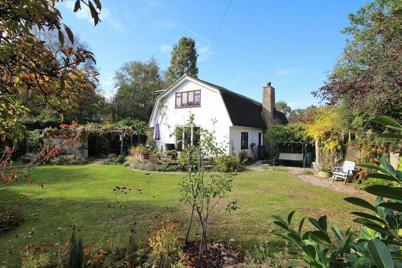 4 Bedrooms Detached House for sale in The Common, East Hanningfield, Chelmsford, Essex, CM3