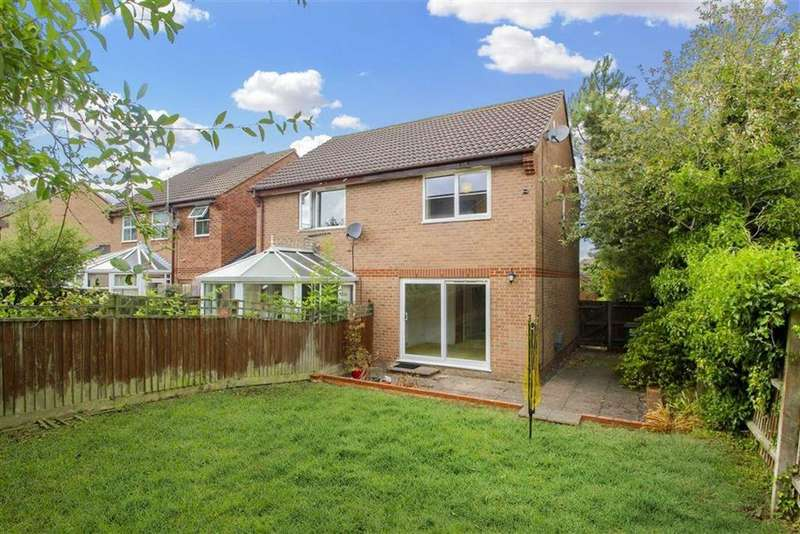 2 Bedrooms Semi Detached House for sale in Grosmont Close, Emerson Valley, Milton Keynes, Bucks