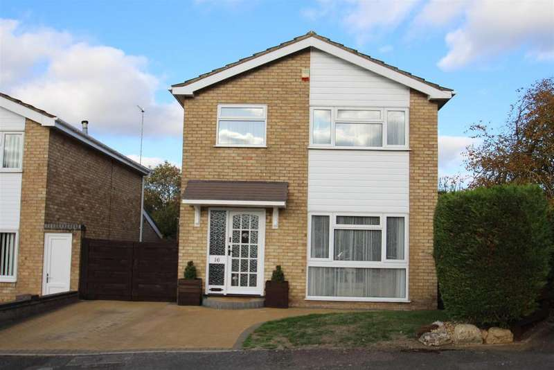 3 Bedrooms Detached House for sale in Bennet Close, Stony Stratford, Milton Keynes