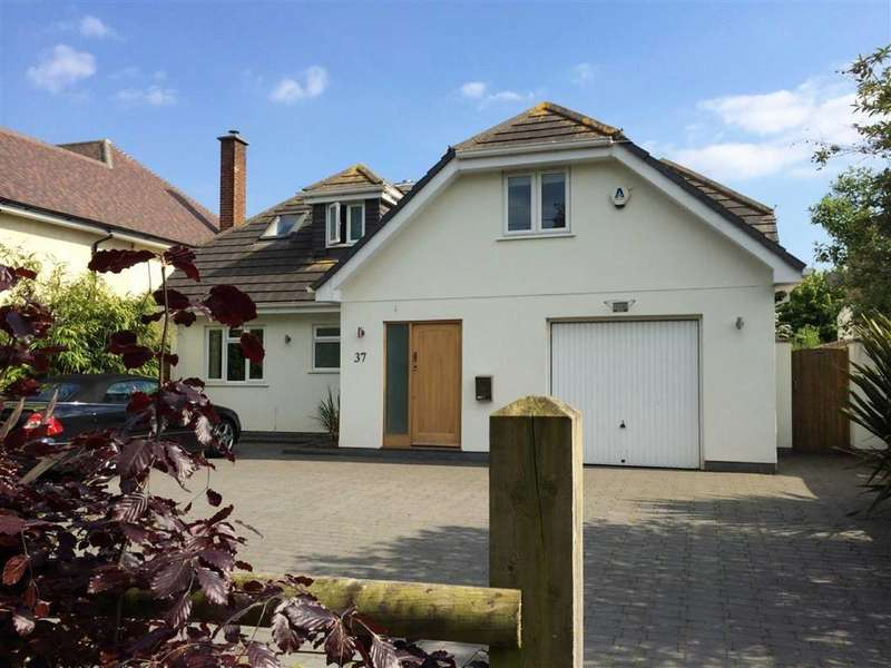 4 Bedrooms Chalet House for sale in Merley Park Road, Wimborne, Dorset