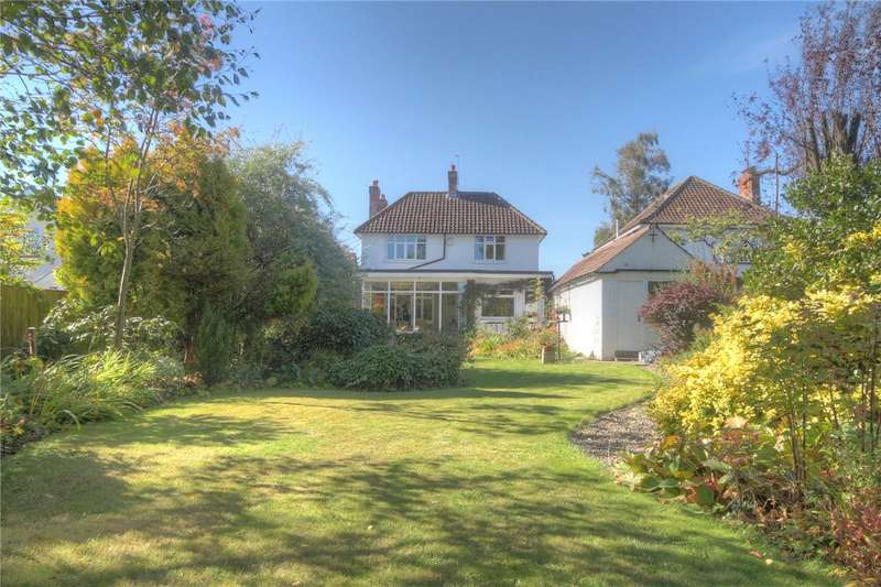 4 Bedrooms Detached House for sale in Westbourne Grove, Darlington, Co Durham, DL3