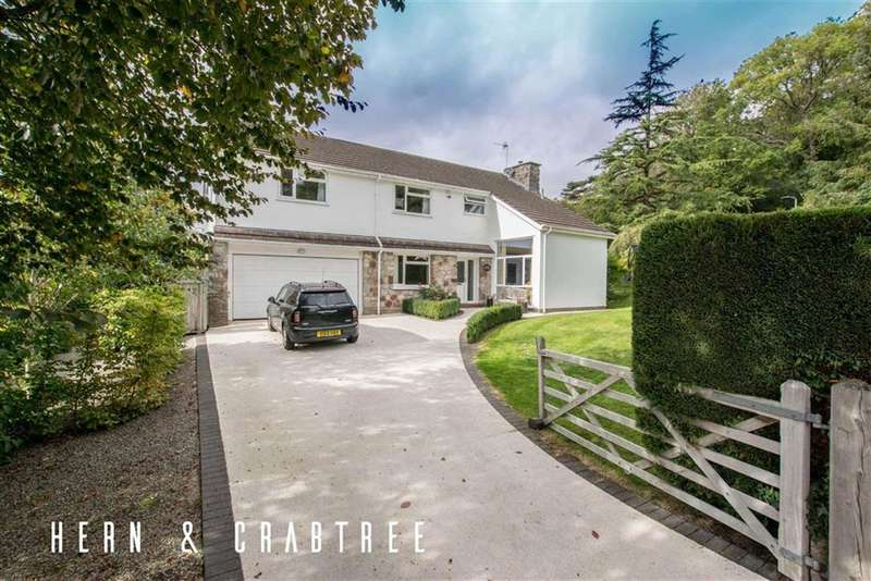6 Bedrooms Detached House for sale in St.Fagans Drive, St Fagans, Cardiff