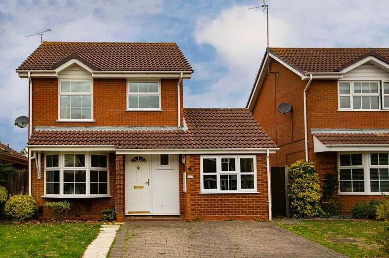 3 Bedrooms Detached House for sale in Wimblington Drive, Lower Earley, Reading