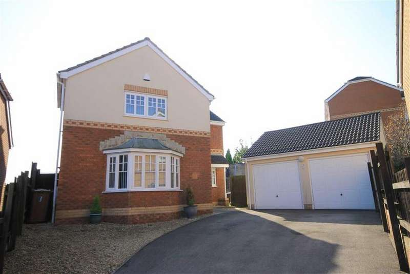 4 Bedrooms Detached House for sale in Cae Melyn, Hengoed