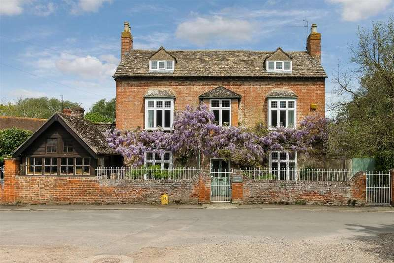 6 Bedrooms Detached House for sale in Churchend, Twyning, Tewkesbury