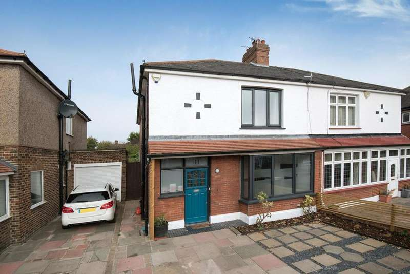 3 Bedrooms Semi Detached House for sale in Crantock Road, Catford