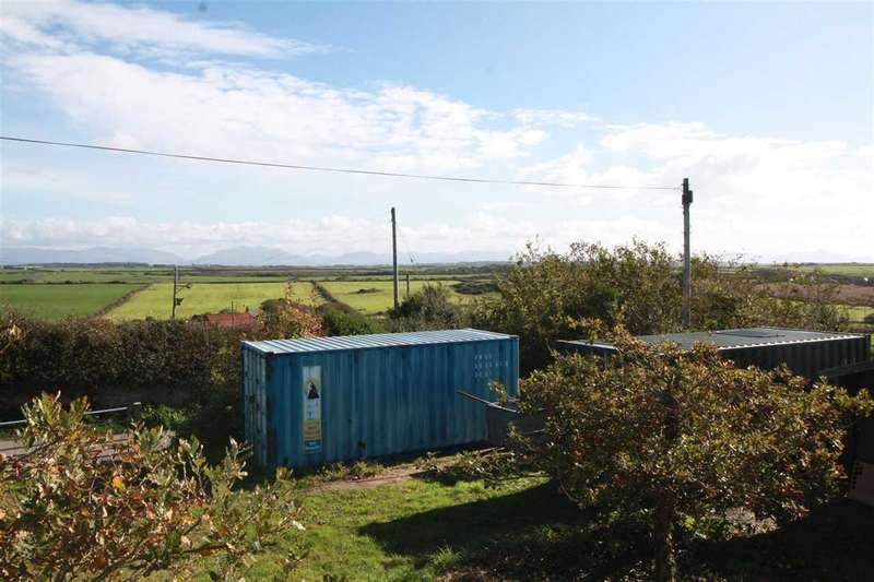 2 Bedrooms Land Commercial for sale in Gallt Y Mwg, Pencarnisiog, Rhosneigr