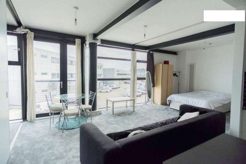 3 Bedrooms Apartment Flat for sale in Hallings Wharf, Channelsea Road, Stratford, E15