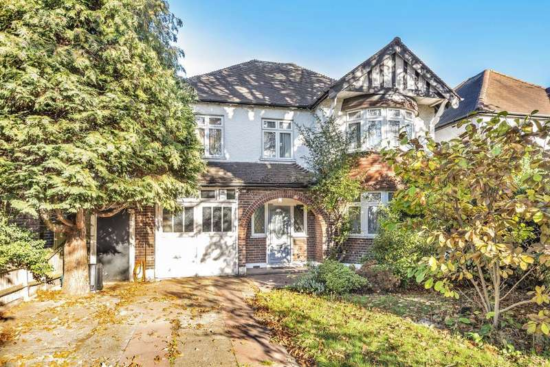5 Bedrooms Detached House for sale in The Avenue, Lower Sunbury, TW16