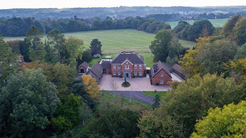 5 Bedrooms Detached House for sale in Hurdle Way, Compton, Winchester, Hampshire, SO21