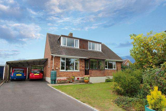 4 Bedrooms Detached House for sale in Marnhull, Dorset