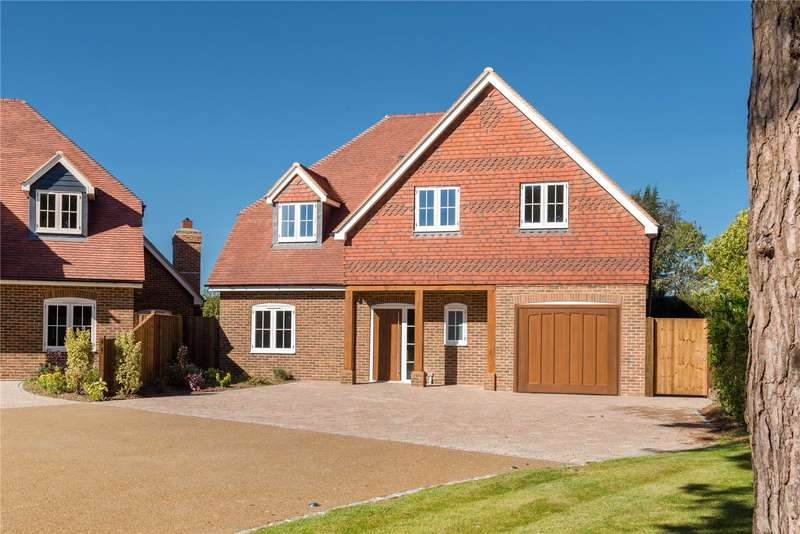 5 Bedrooms Detached House for sale in Cox Green, Rudgwick, Horsham, West Sussex, RH12