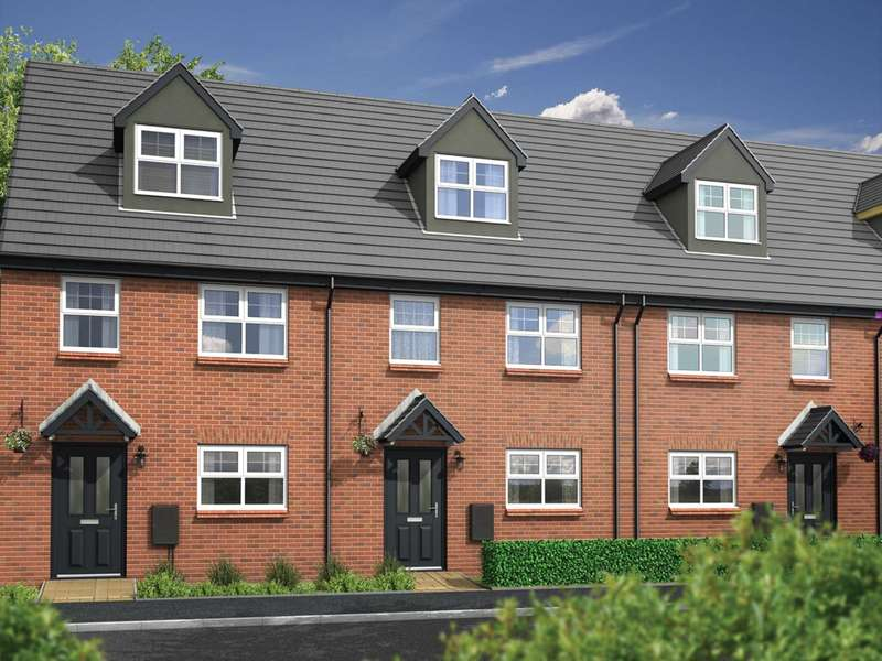 3 Bedrooms Town House for sale in Plank Lane, Leigh
