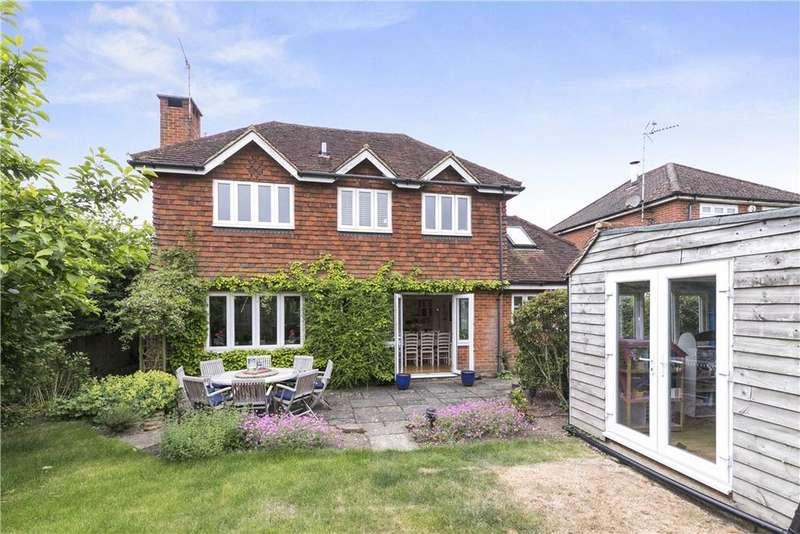 5 Bedrooms Detached House for sale in Wheelers Lane, Brockham, Betchworth, Surrey, RH3